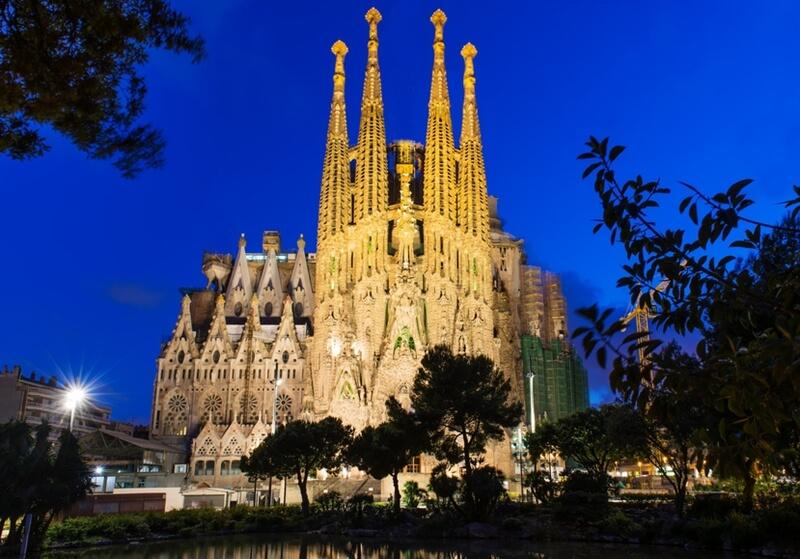 Titel Barcelona Sagrada Familia_800