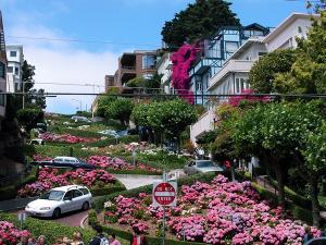 Lombard Street in San Francisco (© by GSRom pixelio.de)